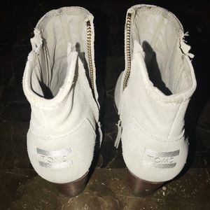 Mint/blue Heels Toms